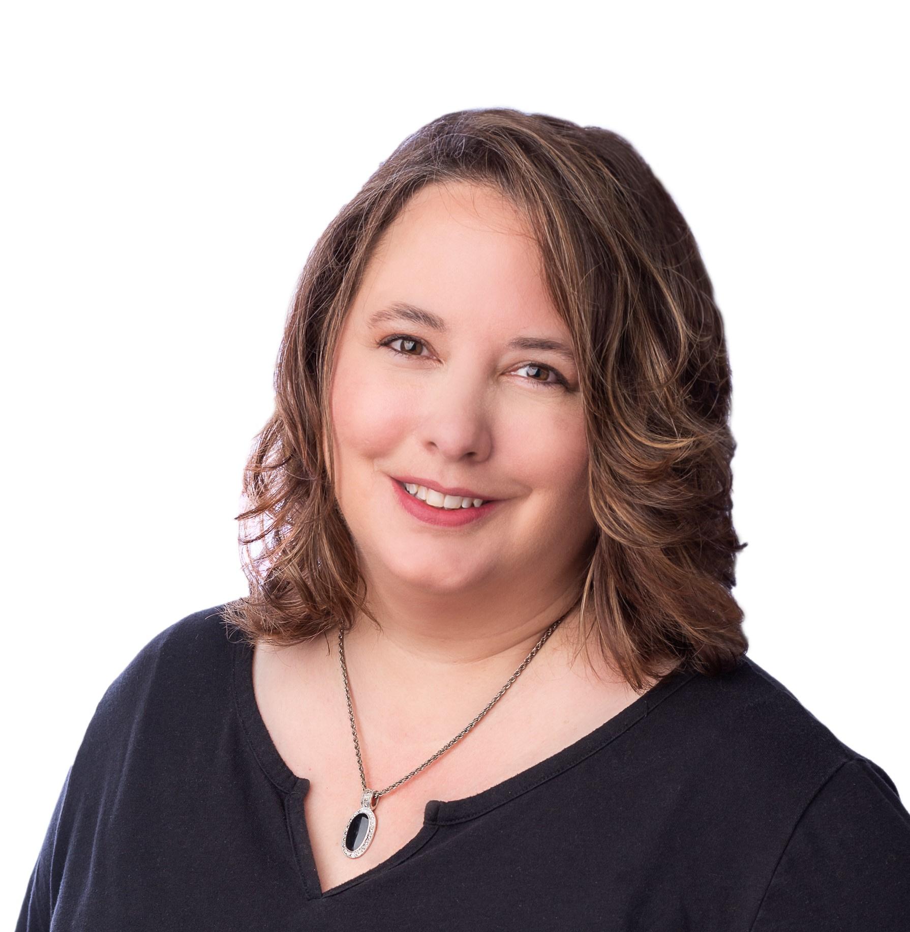Heather Erickson Headshot